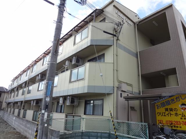 物件番号: 1119492914  姫路市上大野1丁目 1K マンション 外観画像