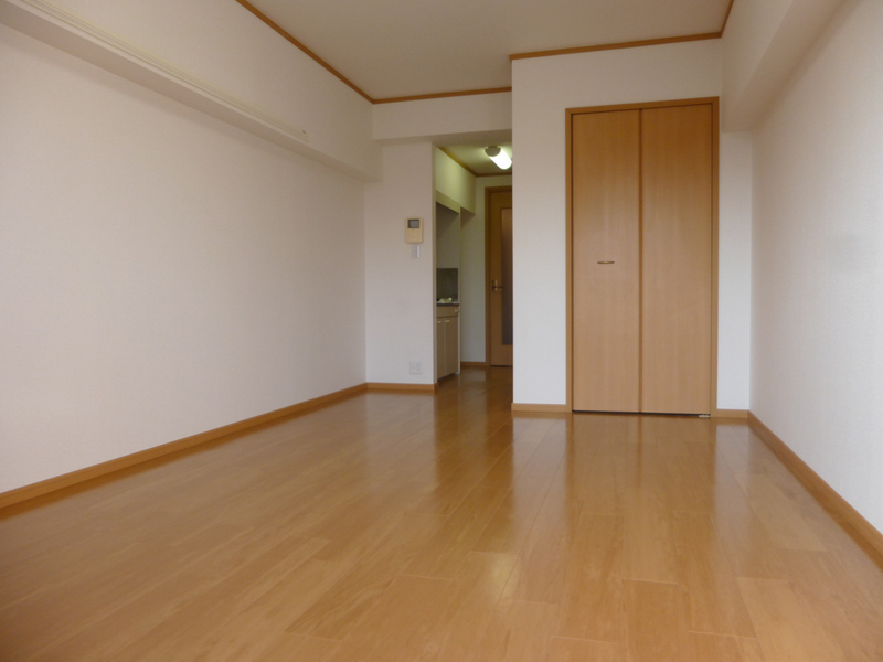 物件番号: 1119452041  姫路市飾磨区今在家3丁目 1K マンション 画像1