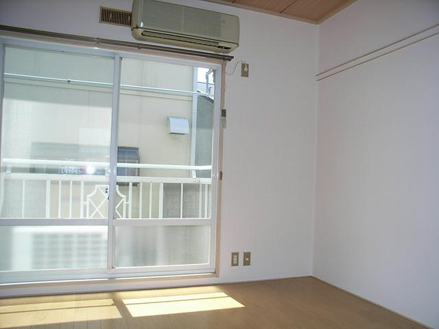 物件番号: 1119485874  姫路市新在家1丁目 1K ハイツ 画像2
