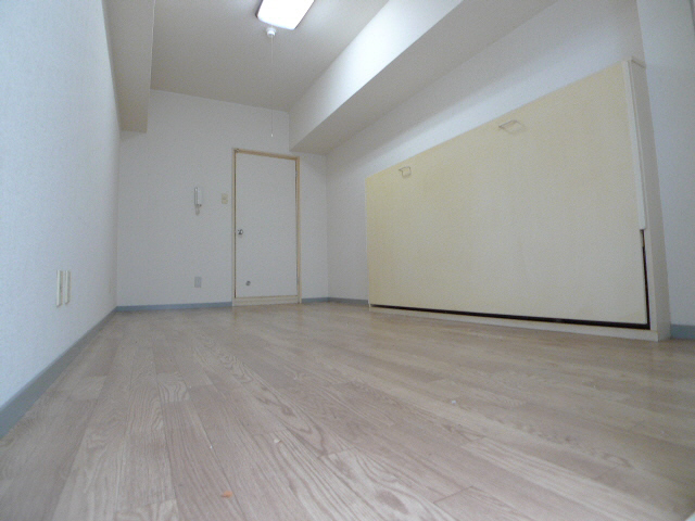 物件番号: 1119477766  加古川市平岡町新在家2丁目 1K マンション 画像1