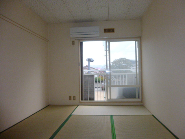 物件番号: 1119479525  姫路市城北新町2丁目 1K ハイツ 画像1