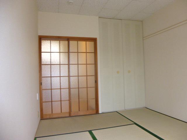 物件番号: 1119479525  姫路市城北新町2丁目 1K ハイツ 画像9