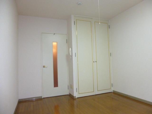 物件番号: 1119458790  姫路市城北新町2丁目 1K マンション 画像8
