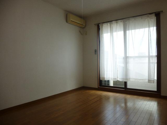 物件番号: 1119471349  姫路市御立中4丁目 1K マンション 画像1