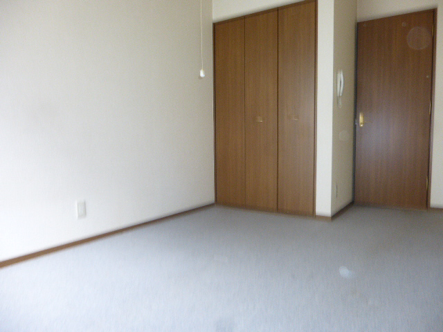 物件番号: 1119483249  姫路市青山4丁目 1K ハイツ 画像1