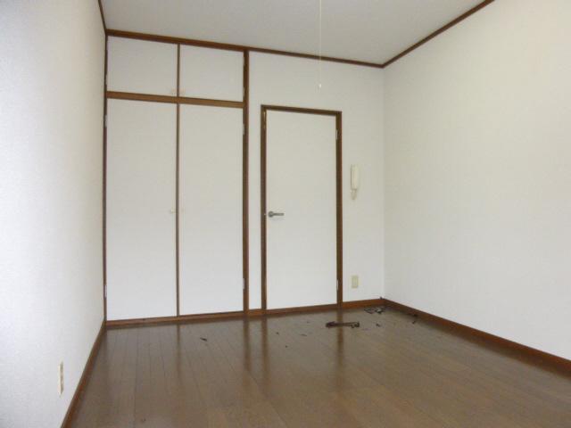 物件番号: 1119448835  姫路市青山5丁目 1K ハイツ 画像1