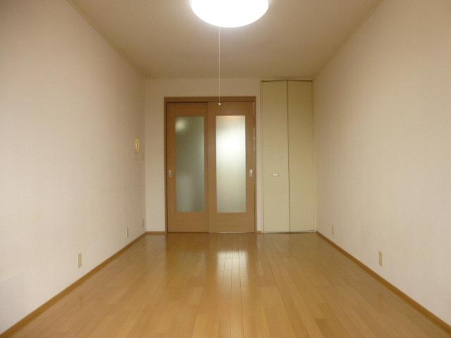 物件番号: 1119451570  姫路市白国4丁目 1K ハイツ 画像1