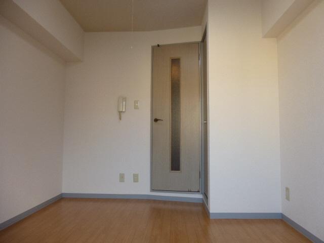 物件番号: 1119477199  姫路市田寺1丁目 1K マンション 画像1