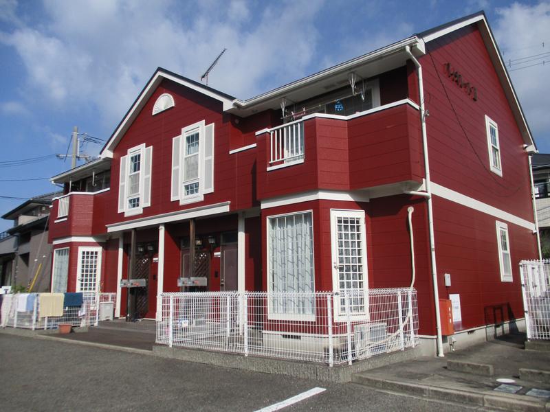 敷金0円物件☆人気の角部屋です、敷地内駐車場完備。 201の外観