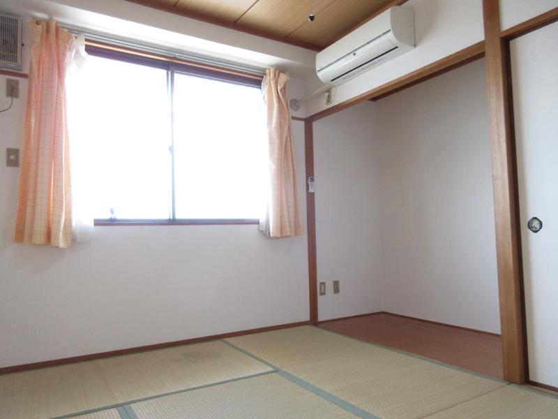 物件番号: 1119469397  姫路市西中島 1K マンション 画像1