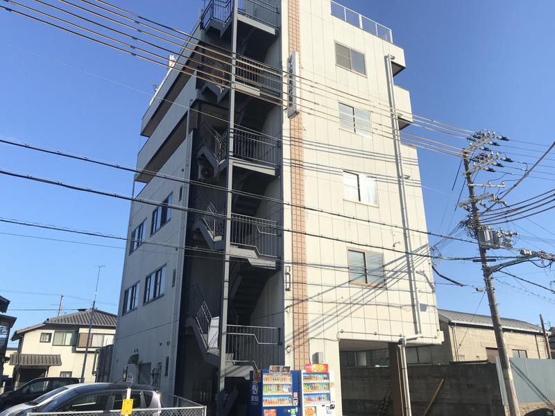 物件番号: 1119472891  姫路市飾磨区細江 1K マンション 外観画像