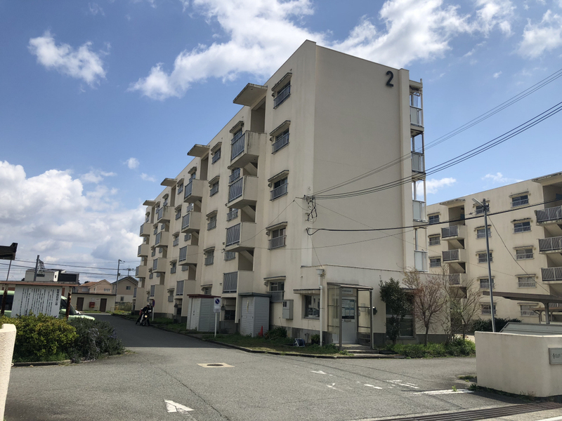 物件番号: 1119490816  小野市粟生町 2K マンション 外観画像