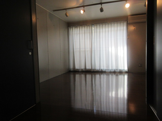 物件番号: 1119488508  姫路市北平野4丁目 1R ハイツ 画像1