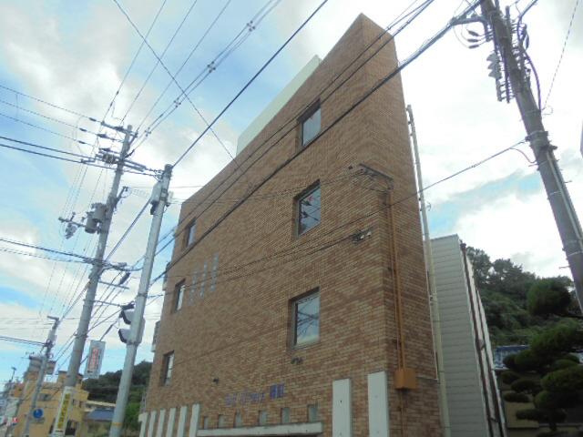 物件番号: 1119456851  姫路市山野井町 1K マンション 外観画像