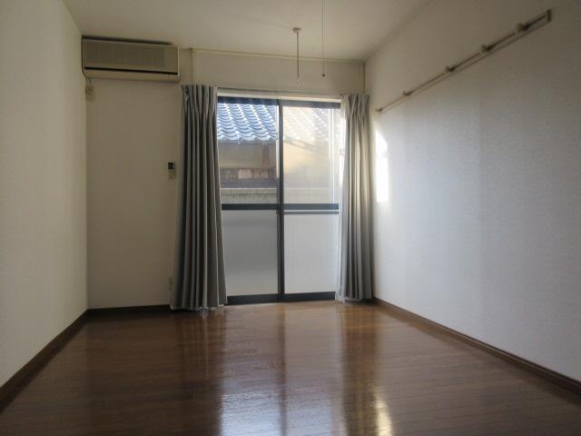 物件番号: 1119474102  姫路市白国5丁目 1K ハイツ 画像1